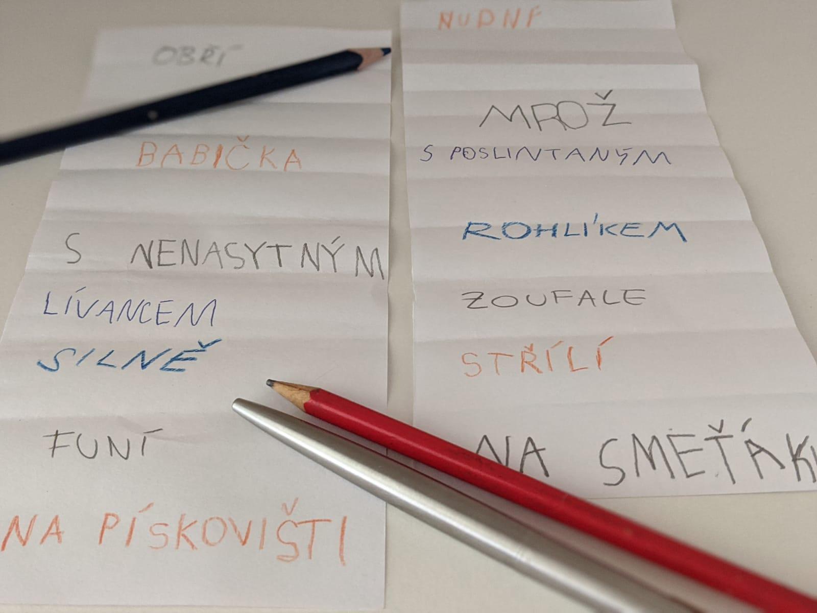 Papír a tužka
